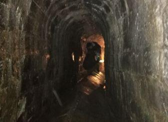 娄底市418队实地对双峰县早期人防工事整修