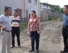 曾海军到蛇形山镇调度南塘中学新校区建设进度