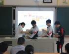 娄底一中附属实验学校举办初三年级赠书学弟学妹活动
