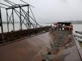 娄底:采砂船被洪水冲走威胁下游桥墩 多部门协作2小时解除险情