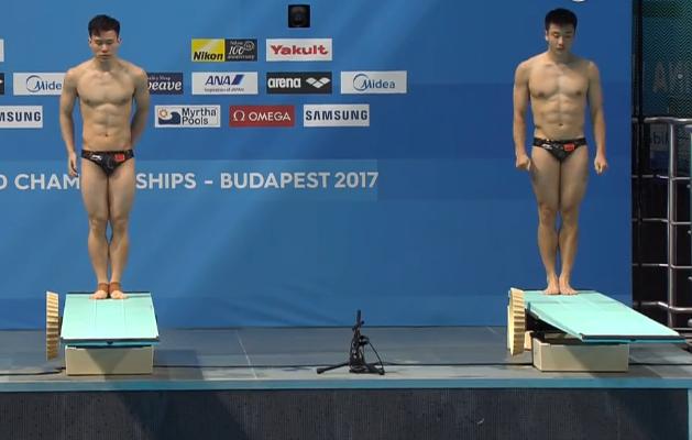 男双3米板预赛曹缘/谢思埸第一 奥运冠军第五