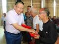 深圳市娄底商会举行洪灾捐款发放仪式 35万元现金发放给61户受灾家庭