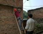 双峰县安委办对2家存在安全隐患的打火机组装企业采取强制停电措施