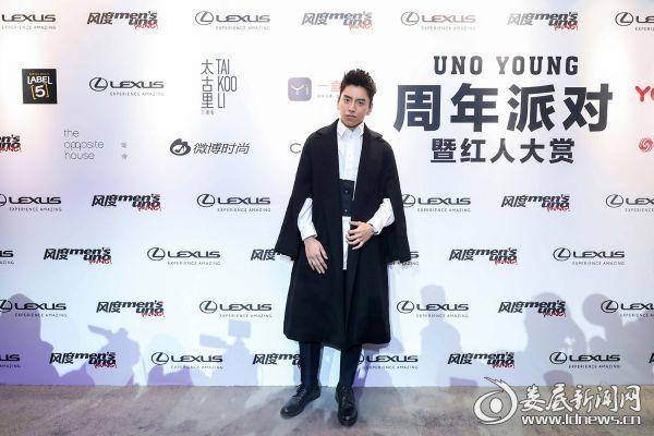(王大陆活动照片)