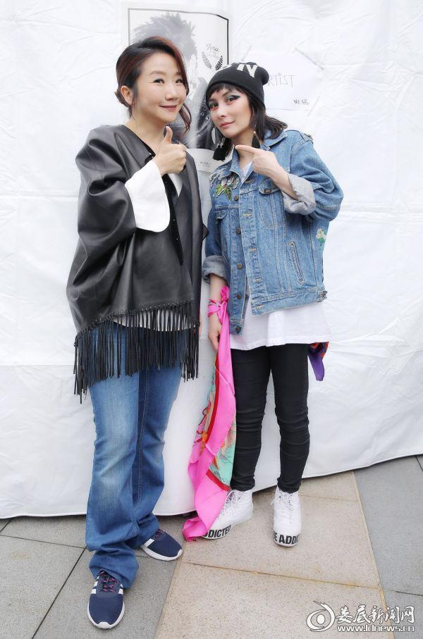 (何超仪赴台宣传 新歌大S作词巡演4月启动)