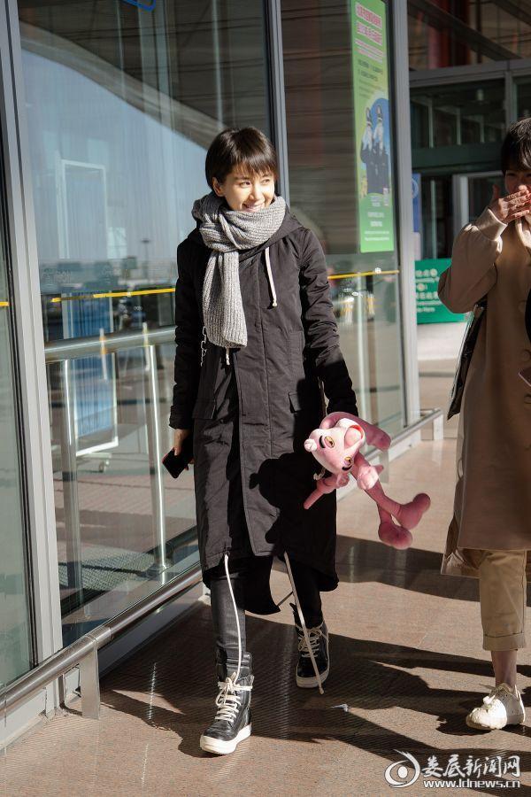 王子文机场热聊