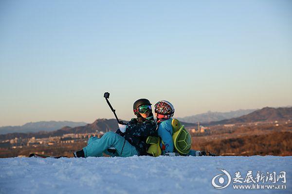 9邓莎大麟子滑雪