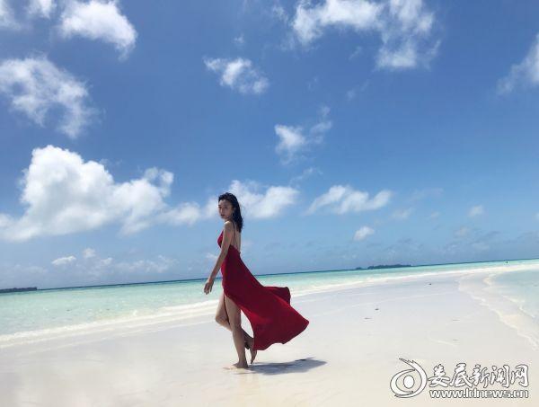 秦岚海滩写真3
