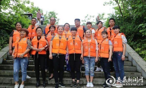 参与演练活动的志愿者