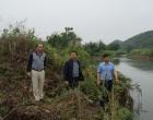 双峰县领导到洪山殿镇督查河长制工作落实情况