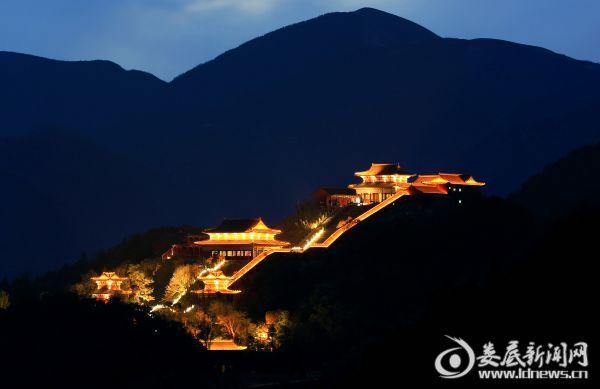 熊山寺夜色