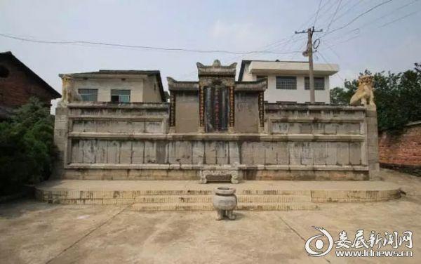 (三甲乡的古建筑 图片/梁立山)