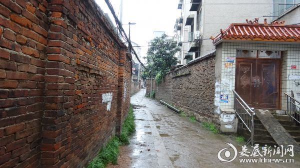 工农路至许永巷围墙拆除前