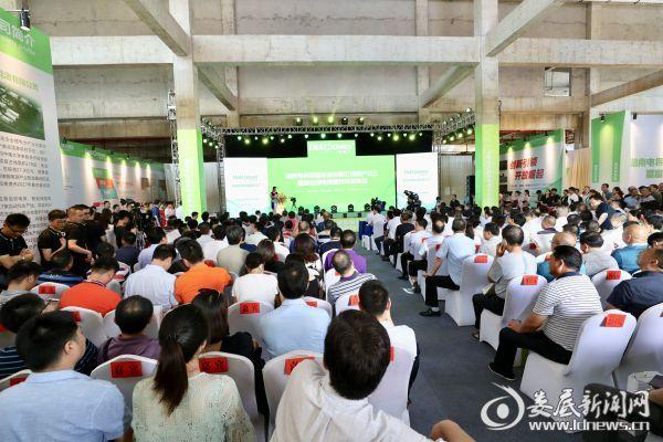 6月27日上午,湖南电将军新能源有限公司第一条年产1亿瓦时锂电池生产线正式竣工投产