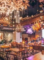挣钱网首家超大型音乐宴餐吧 打造独特文艺范餐饮文化