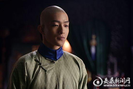 屈楚萧饰演五阿哥