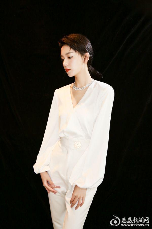 陈瑶霸道温柔女总裁