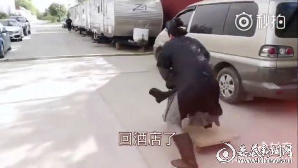 """(""""网瘾青年""""孙艺洲连晒拍戏日常 紧张拍摄中不忘逗趣观众)"""