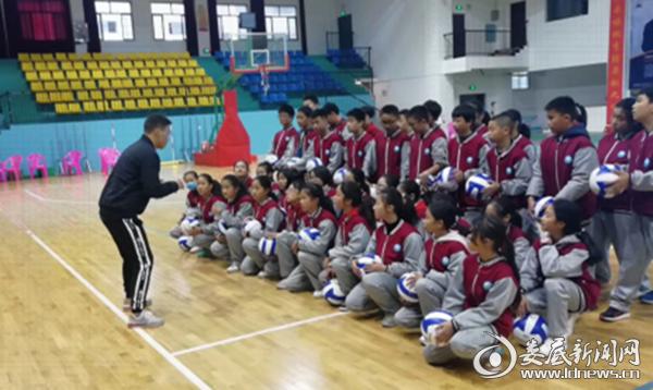 新化县思源实验学校教师获娄底市学科教学竞赛一等奖