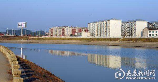 市本级涟水河城市防洪堤 (建设后)