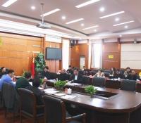 娄底市五届人大常委会第42次主任会议召开