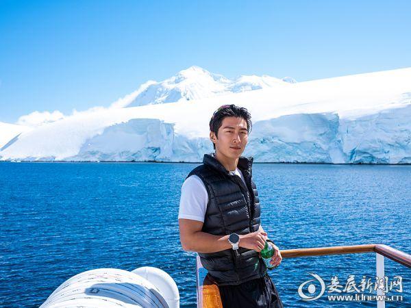 窦骁置身冰与海的世界