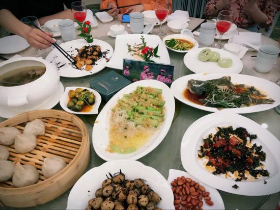 杭州搬迁 公司【茶泉双秀悠天下】全国媒体茶旅体验九江行: