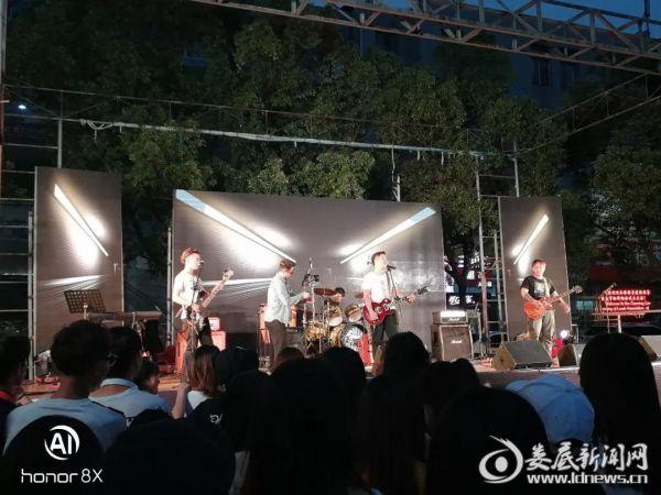 音乐节现场1