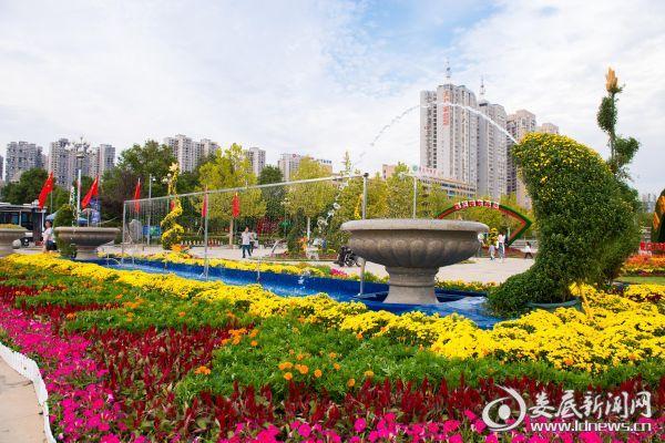 孙水公园国庆展区一角 (3)