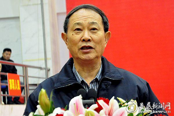 公司黨委書記、董事長陳代富發表熱情洋溢的新春賀辭。熊又華 攝DSC_7556