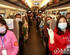 湖南首趟始发赴粤农民工专列从娄底出发 456人返岗