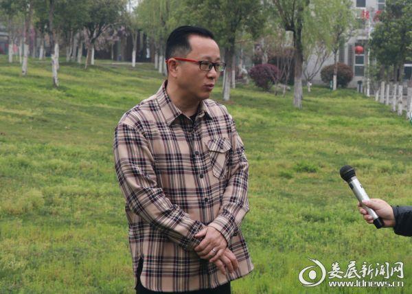 (娄底市全民健身服务中心主任刘涛)