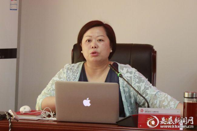 (湖南省科技成果与技术市场协会理事长张燕)