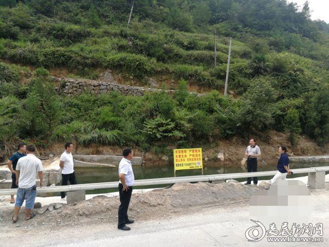 9月1日到周家村防溺水常态化督查河坝