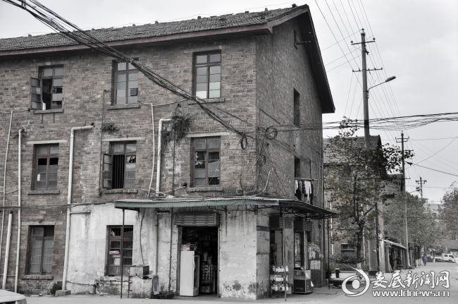 涟钢职工宿舍1978年 刘时庄摄